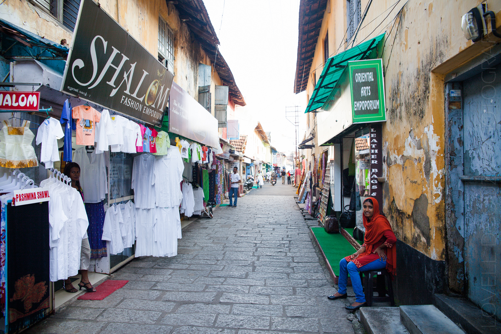 Curio shops at the Synagogue lane