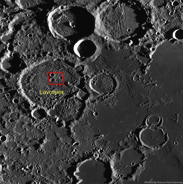 Fracturing west-northwest Oceanus Procellarum (LROC WAC)