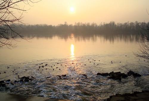 river geotagged poland warsaw vistula białołęka