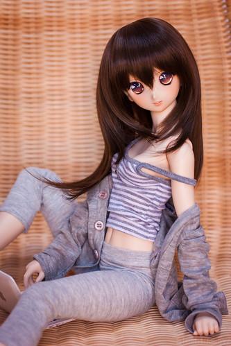Leisurely relaxing Atsuko