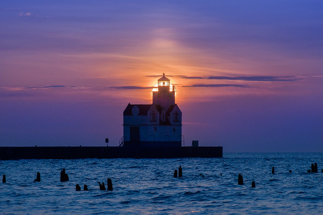 Lighthouse, Blue, Sunrise, Kewaunee, WI, Lake Michigan