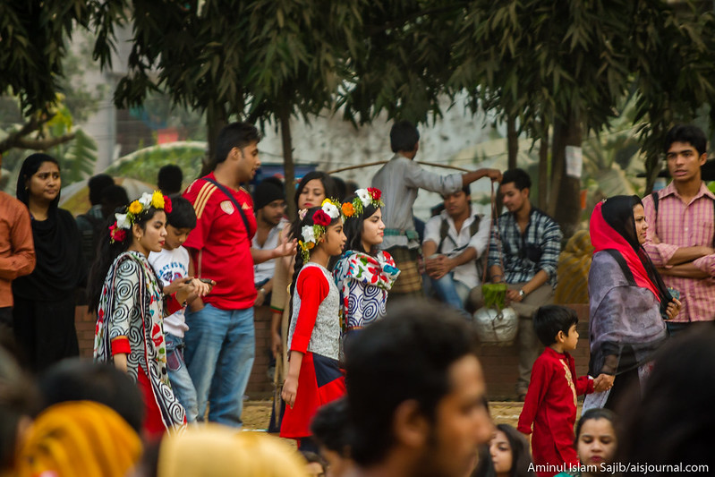 Valentine's Day Celebration in Dhaka 2015