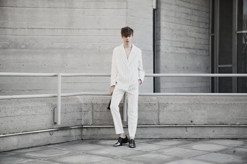 mikkoputtonen_fashionblogger_london_weekday_suit_onar_studios_rachelZoe_outfit5_web