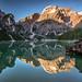 Sunrise at the lake by Achim Thomae