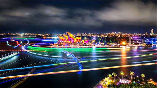 Just 4 minute.....  2/2. Colors of  Sydney Vivid 2016