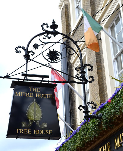 The Mitre Hotel Free House
