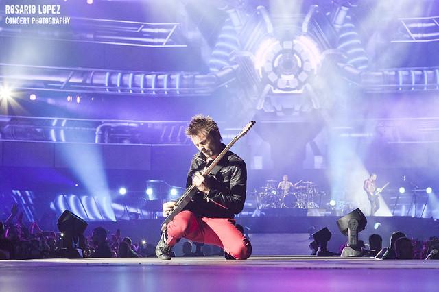 Muse en concierto en el Estadi Olímpic