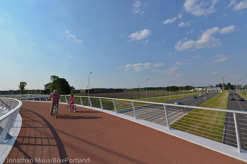 The Hovenring in Eindhoven-48