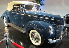 1940 Ford Deluxe Convertible Coupe 1