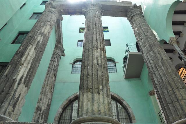 Roman columns - Barcelona
