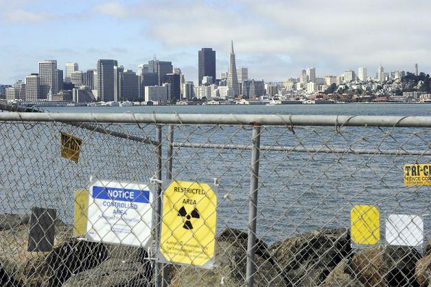 Debido al pasado militar de la isla, parece ser que hay lugares que tienen algo de radiación y que es mejor evitar. Treasure Island, el tesoro mejor guardado de San Francisco - 10220941404 89538b1d86 o - Treasure Island, el tesoro mejor guardado de San Francisco