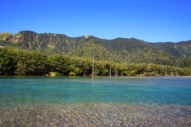 上高地の大正池