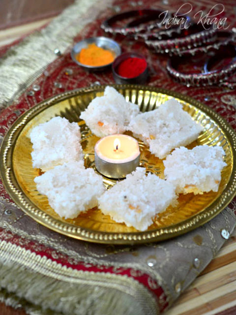 Coconut-Nariyal-Burfi-diwali-Recipe