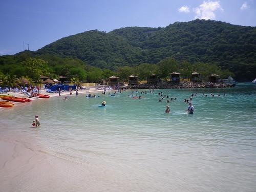 Why is Nice a popular coastal area?