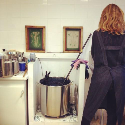 magic pot of Indigo by la casa a pois
