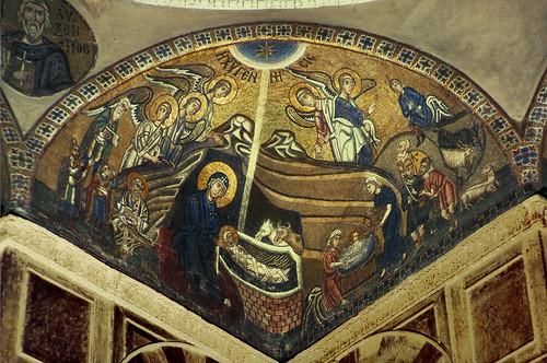 mosaic monastery nativity jesuschrist mcad greekorthodox architecturalphotography hosiosloukas minneapoliscollegeofartanddesign katholikon pendentive mcadlibrary architecturalandcityplanning allantkohl