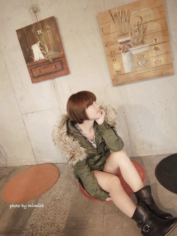 RUBON 軍綠色毛領大衣 (4)