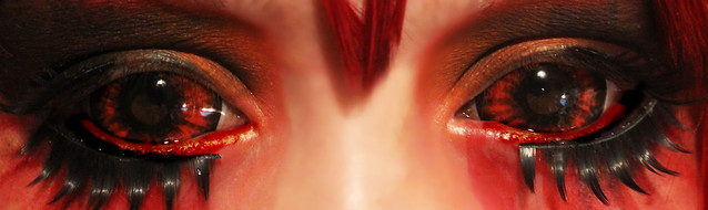 review-Phantasee-Red-Black-Sclera-lens-Sunpyre11