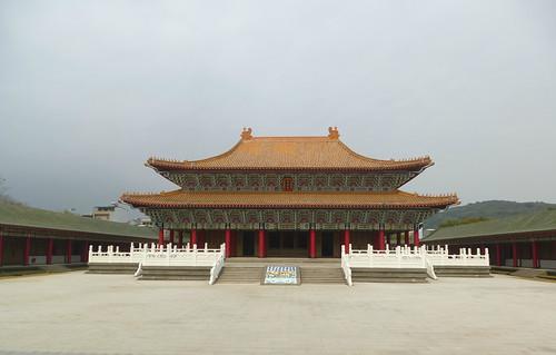 Ta-Kaohsiung-Lotus Pond-Confucius Temple (1)