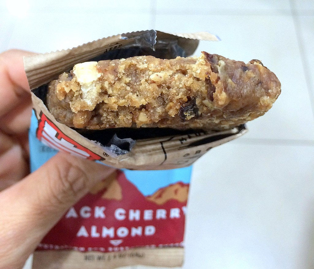 Clif Bar Review - Black Cherry Almond