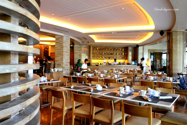 Pico De Loro Cove Hamilo Coast Batangas Pico Sands Hotel Restaurant