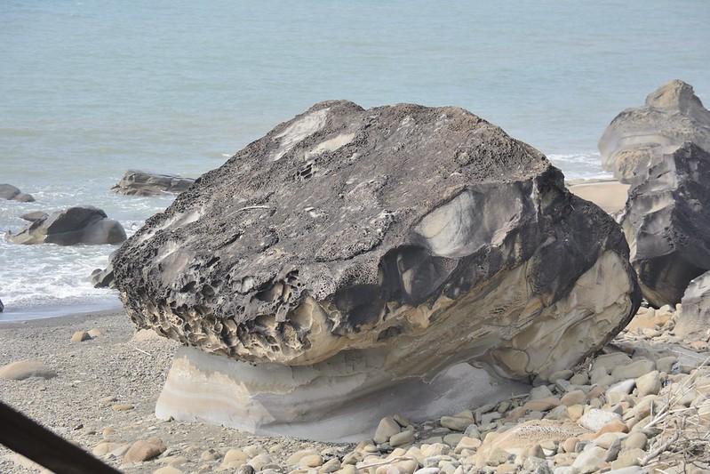 枋山鄉海岸奇岩