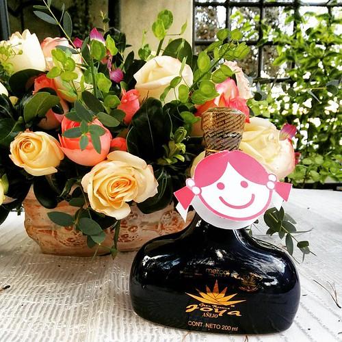 Mezcal y flores...