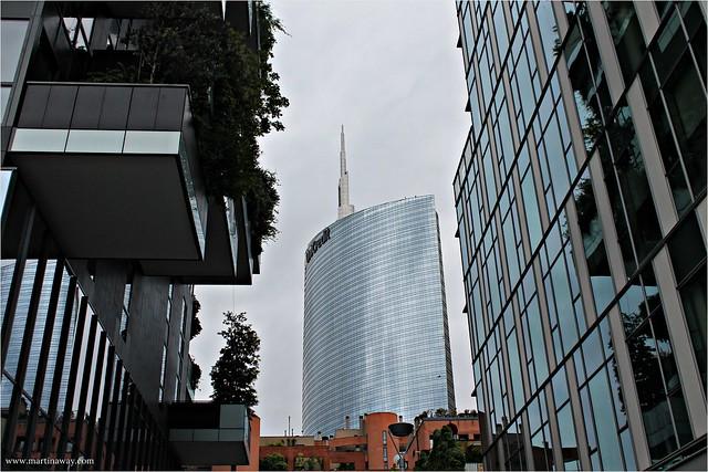 Bosco Verticale e il grattacielo di Piazza Gae Aulenti