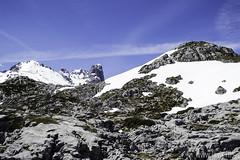 Peña Maín y el Picu Urriellu al fondo