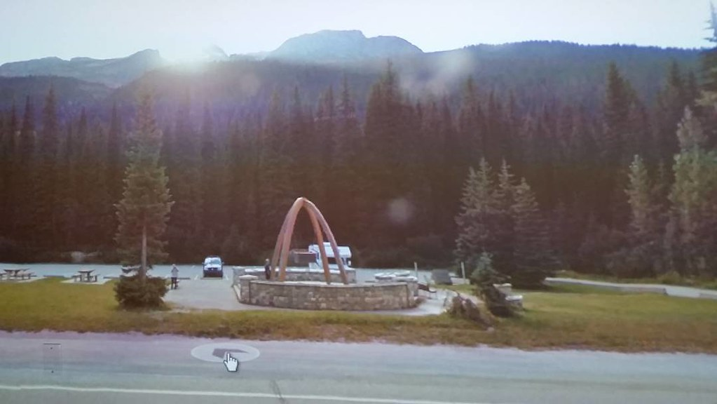 Rest here before Rogers Pass. #ridingthroughwalls