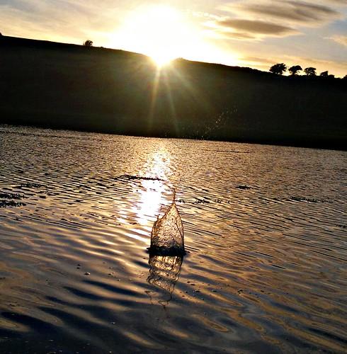 sunset reflection galway water silhouette nokia droplet splash n8