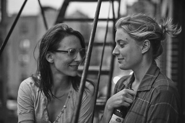 Mickey Sumner and Greta Gerwig live the twentysomething life in FRANCES HA.