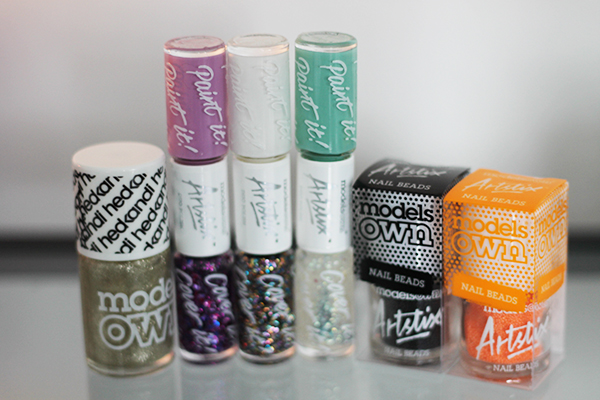 A review of Models Own products including Models Own Artistix Duo Polish in Boogie Nights and Lilac Dream, Snowflakes and Jade Stone, Ibiza Mix and Snow White.  Models Own HedKandi Nail Polish in Bora Bora and Models Own Artistix Nail Polish in Black Fizz and Neon Orange Fizz