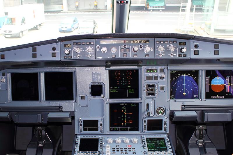 A321 Cockpit