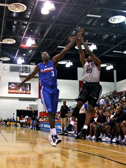 Cartier Martin corner 3 from John Wall - 2010 NBA Summer League