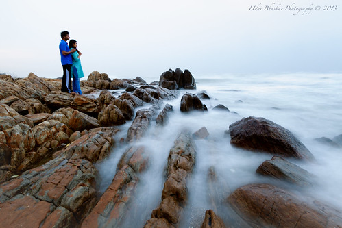 sea portrait people india beach sunrise canon bay couple rocks waves mark young ii dreams 5d bengal vizag andhrapradesh visakhapatnam