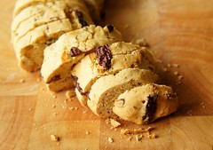 Biscotti with Korean Jujube and Pistachio 24