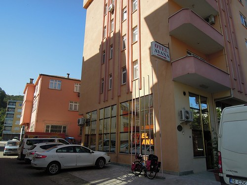Tireboluのホテル