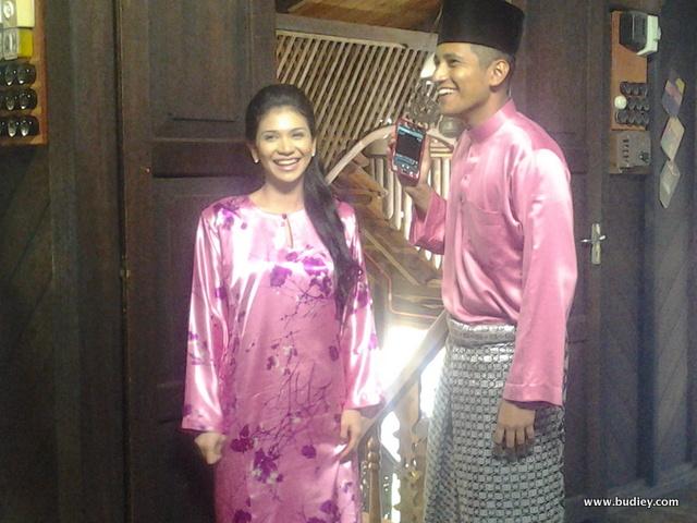 Setia Hujung Nyawa Raya- Anzalna memegang watak sebagai Maisara dan Shah Iskandar memegang watak sebagai Syawal
