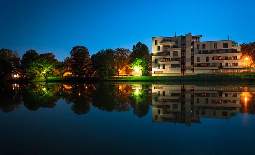 day fotograf clear merger waldemar dillingen paxxnightnachtulmdonauwasserwaterblaubluehaushousearchitekturlichtlight