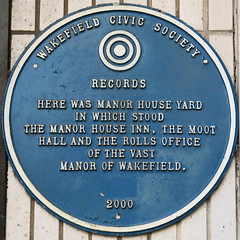 Photo of Rolls Office, Moot Hall, Manor House Inn, Wakefield, and Manor House Yard blue plaque