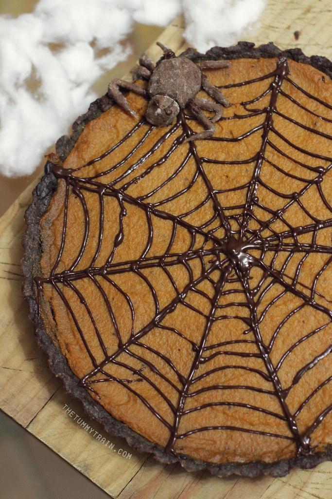 10574733324 7d522fefc1 b - Of pumpkin pie and spiderwebs