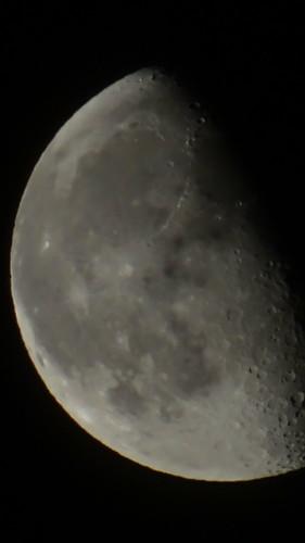 Der Mond ruht aus vom Wandern 0301