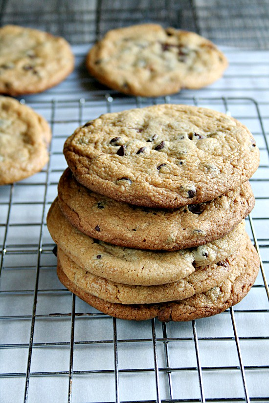 Peanut Butter Cup Stiffed Cookies