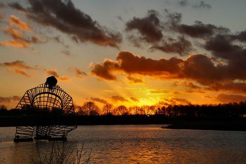 trees sunset water clouds zonsondergang bomen january thenetherlands wolken colourful denbosch kleurrijk 2014 atsjebosma mygearandme mygearandmepremium mygearandmebronze