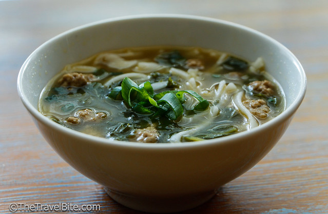 Spicy Chicken and Rice Noodle Soup-2