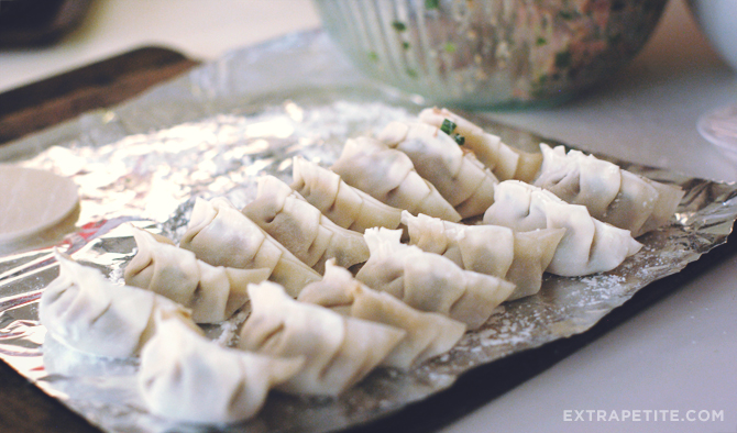 dumpling folding2