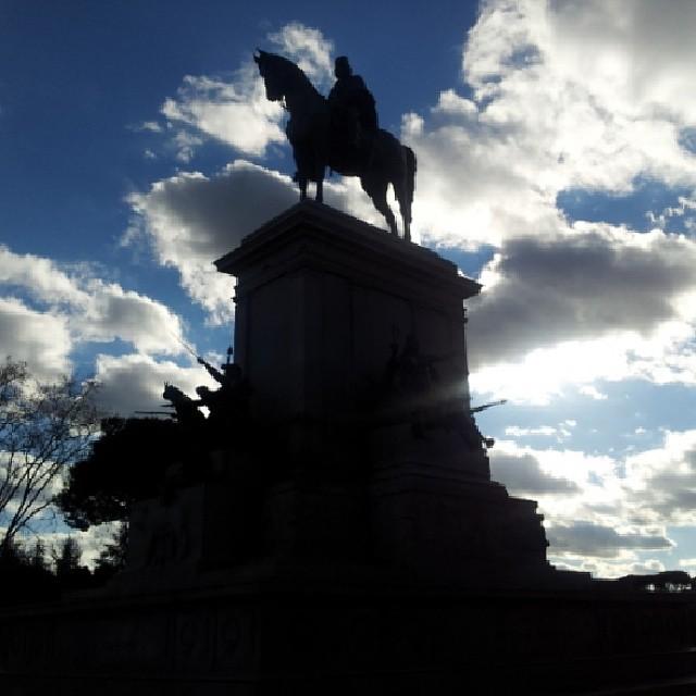 #monumento di #garibaldi al #gianicolo #roma #italianography #artandig