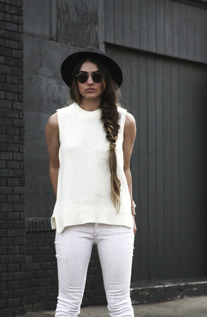 ashley olsen sweater tank inspired look
