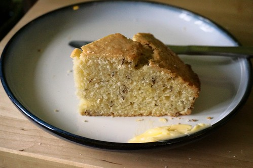 Simple caraway seedcake